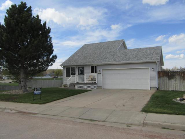 428 Walnut St W, Gillette, WY 82718 (MLS #18-662) :: Team Properties