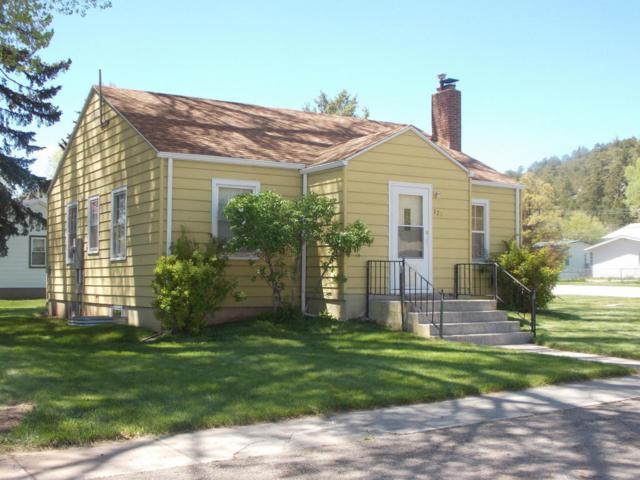 121 N 6th Steet N, Sundance, WY 82729 (MLS #18-786) :: 411 Properties