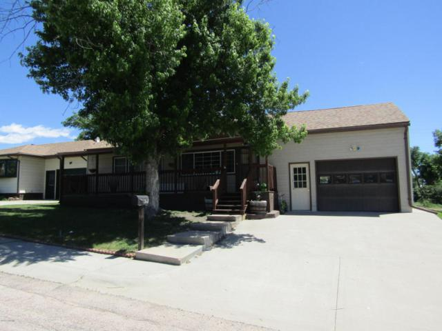 107 6th Ave -, Newcastle, WY 82701 (MLS #18-910) :: 411 Properties