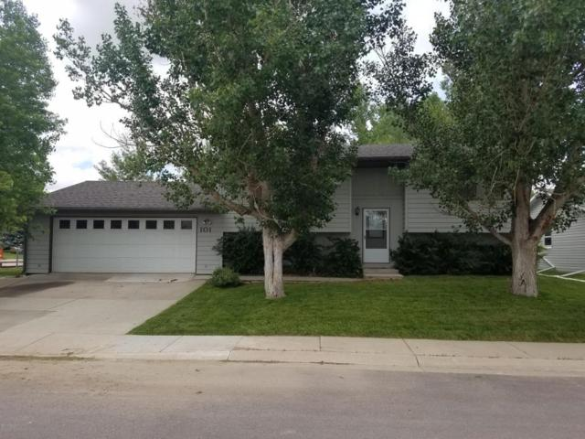 101 E Redwood St -, Gillette, WY 82718 (MLS #18-936) :: 411 Properties