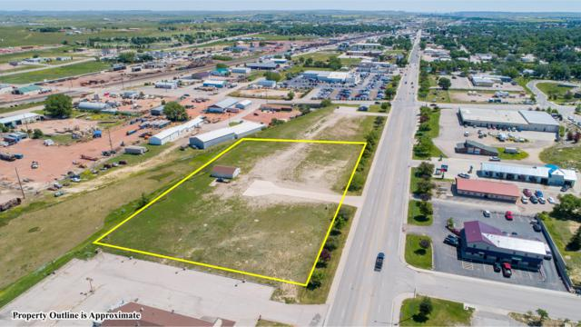 1402 W 2nd St, Gillette, WY 82716 (MLS #19-1073) :: Team Properties