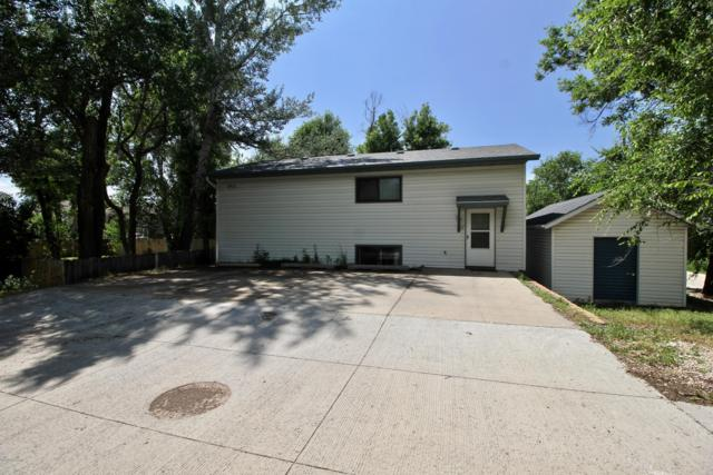 915 E 8th St, Gillette, WY 82716 (MLS #19-1077) :: Team Properties