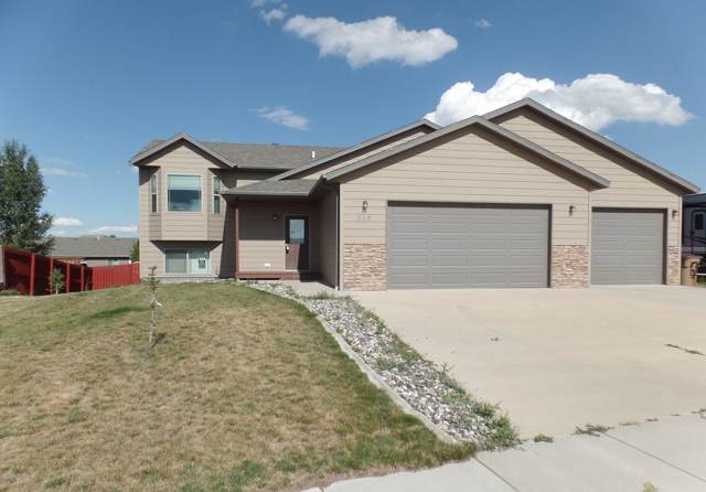 618 Arcadia Ave -, Gillette, WY 82716 (MLS #19-1305) :: 411 Properties