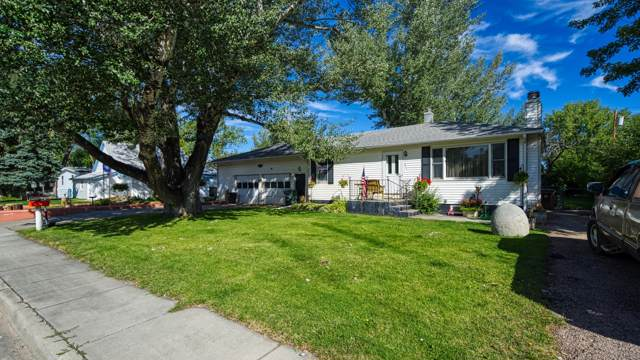 611 E Laramie St E, Gillette, WY 82716 (MLS #19-1473) :: Team Properties