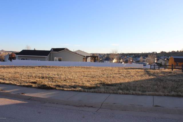 1207 Melissa Dr, Gillette, WY 82718 (MLS #19-1677) :: The Wernsmann Team | BHHS Preferred Real Estate Group