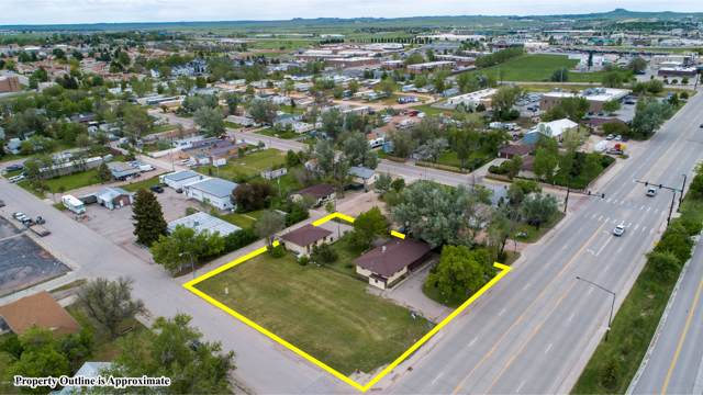 805 S Douglas Hwy S, Gillette, WY 82716 (MLS #19-1818) :: Team Properties
