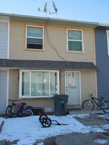 819 Ez St Unit B -, Gillette, WY 82718 (MLS #19-204) :: 411 Properties