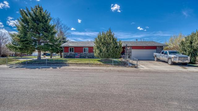 208 E Redwood St -, Gillette, WY 82718 (MLS #19-674) :: Team Properties