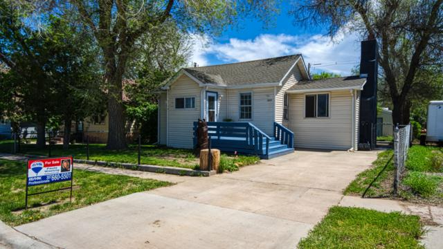 305 Carey Ave S, Gillette, WY 82716 (MLS #19-832) :: Team Properties
