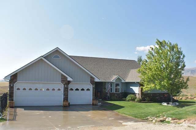 2 Ellis Dr -, Buffalo, WY 82834 (MLS #20-1300) :: 411 Properties