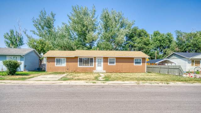 201 E Laramie St E, Gillette, WY 82716 (MLS #20-1305) :: Team Properties