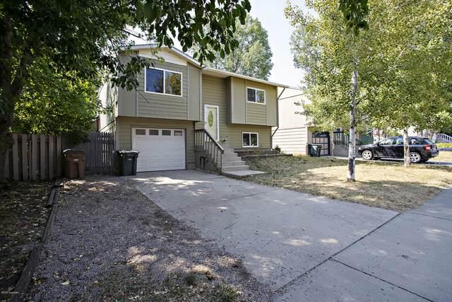 2010 S Gillette Ave -, Gillette, WY 82718 (MLS #20-1307) :: Team Properties