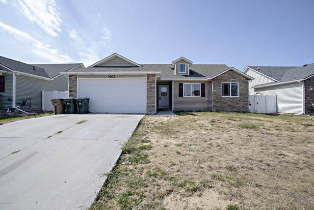 3702 Chippewa Ave -, Gillette, WY 82718 (MLS #20-1407) :: Team Properties