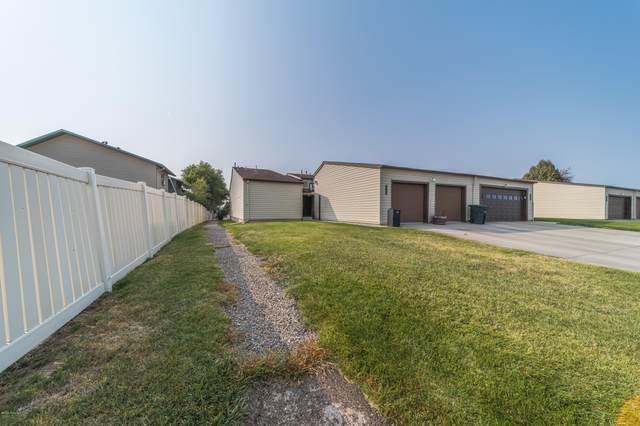 1128 E 9th St -, Gillette, WY 82716 (MLS #20-1446) :: 411 Properties