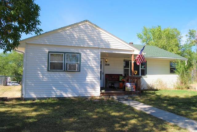 308 Stockade Ave -, Newcastle, WY 82701 (MLS #20-1447) :: The Wernsmann Team | BHHS Preferred Real Estate Group