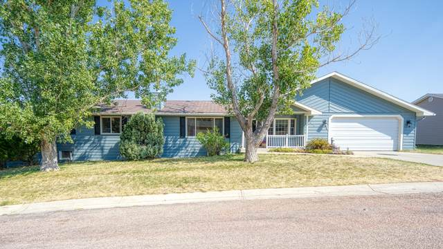 2533 Wind River Dr -, Gillette, WY 82718 (MLS #20-1483) :: Team Properties