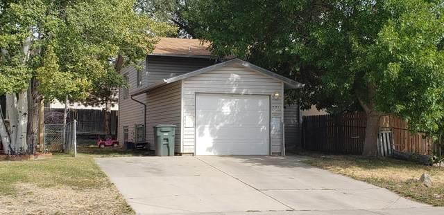 301 E Laurel St E, Gillette, WY 82718 (MLS #20-1545) :: Team Properties