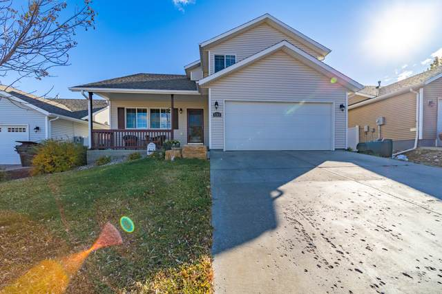 1203 Arapahoe Ave -, Gillette, WY 82718 (MLS #20-1604) :: The Wernsmann Team | BHHS Preferred Real Estate Group
