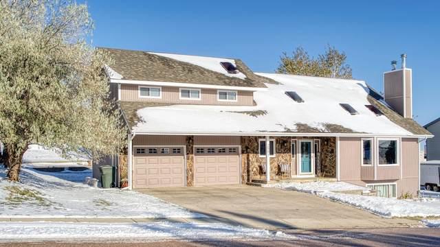 2501 Hillcrest Dr -, Gillette, WY 82718 (MLS #20-1639) :: 411 Properties