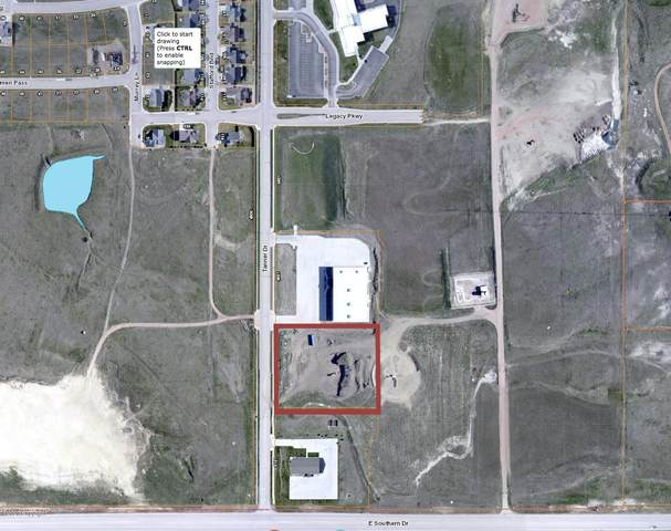 5001 Tanner Dr, Gillette, WY 82718 (MLS #20-1645) :: The Wernsmann Team | BHHS Preferred Real Estate Group