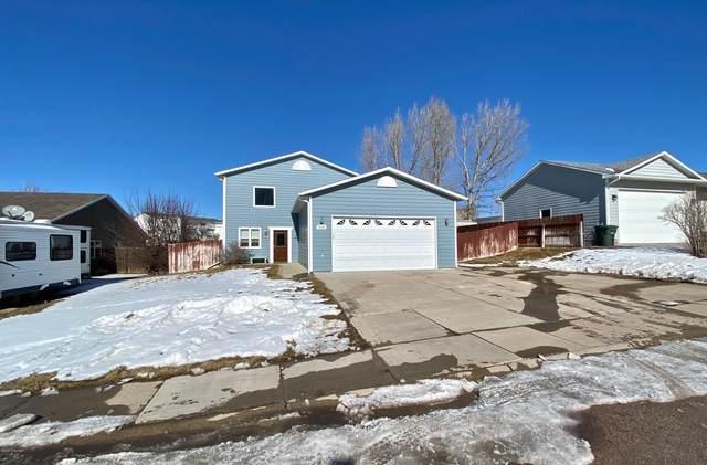 3220 Lake St -, Gillette, WY 82718 (MLS #20-223) :: Team Properties