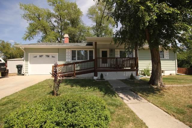 207 E Sunset Dr -, Gillette, WY 82716 (MLS #20-297) :: Team Properties