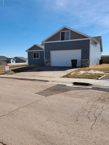 3305 Goldenrod Ave -, Gillette, WY 82716 (MLS #20-332) :: Team Properties