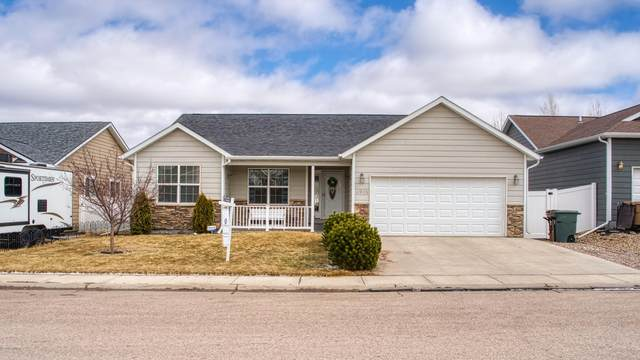 3905 Federal Ave -, Gillette, WY 82718 (MLS #20-377) :: Team Properties