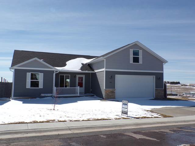 3403 Goldenrod Ave -, Gillette, WY 82716 (MLS #20-452) :: 411 Properties