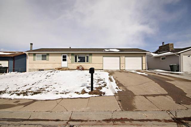 2609 Emerson Ave S, Gillette, WY 82718 (MLS #20-494) :: Team Properties