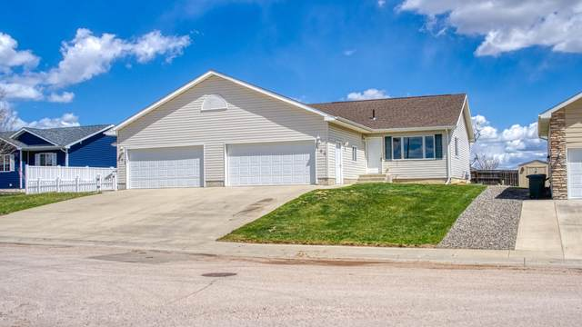 700 Astoria Ave -, Gillette, WY 82716 (MLS #20-556) :: The Wernsmann Team | BHHS Preferred Real Estate Group
