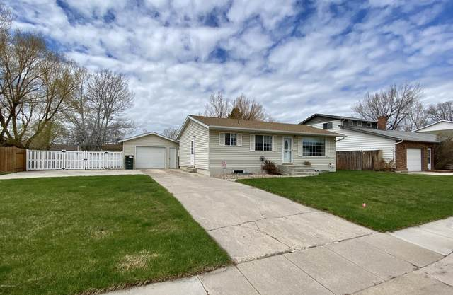 709 Apricot St -, Gillette, WY 82716 (MLS #20-583) :: Team Properties