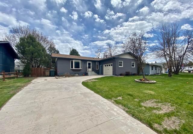 107 Mesa Dr -, Gillette, WY 82716 (MLS #20-614) :: The Wernsmann Team | BHHS Preferred Real Estate Group