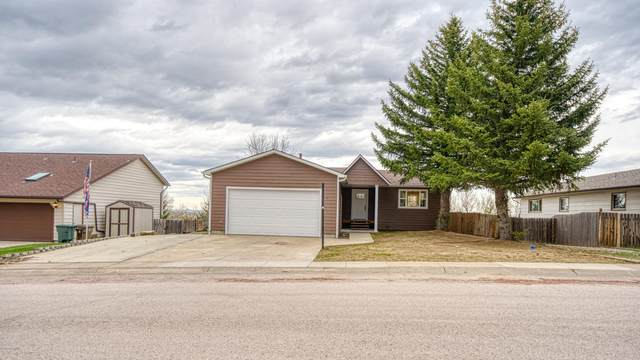 1013 Clarion Dr -, Gillette, WY 82718 (MLS #20-655) :: The Wernsmann Team   BHHS Preferred Real Estate Group