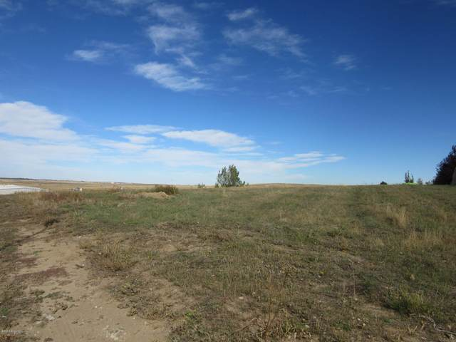 2219 Gallery View Dr, Gillette, WY 82718 (MLS #20-695) :: The Wernsmann Team | BHHS Preferred Real Estate Group