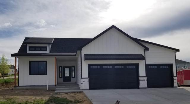 4310 Lexington Ave -, Gillette, WY 82718 (MLS #20-762) :: 411 Properties