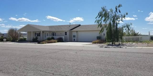 922 Skyline Dr -, Douglas, WY 82633 (MLS #20-777) :: The Wernsmann Team | BHHS Preferred Real Estate Group