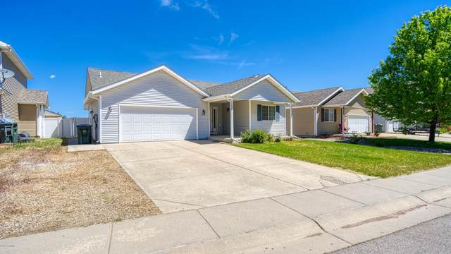 1210 Sioux Ave -, Gillette, WY 82718 (MLS #20-851) :: Team Properties