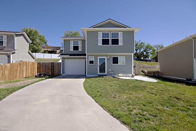 3000 Saddle String Cir -, Gillette, WY 82716 (MLS #20-857) :: The Wernsmann Team   BHHS Preferred Real Estate Group