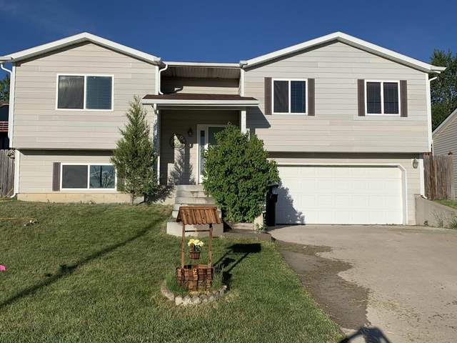 407 Overdale Dr -, Gillette, WY 82718 (MLS #20-922) :: Team Properties