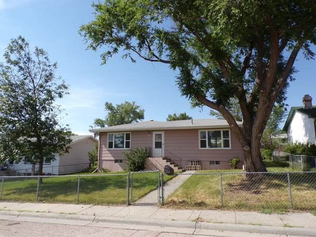 310 W 12th St -, Gillette, WY 82716 (MLS #20-946) :: The Wernsmann Team | BHHS Preferred Real Estate Group