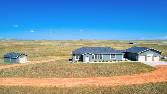 4001 High Cliff Ct -, Gillette, WY 82718 (MLS #20-982) :: The Wernsmann Team | BHHS Preferred Real Estate Group
