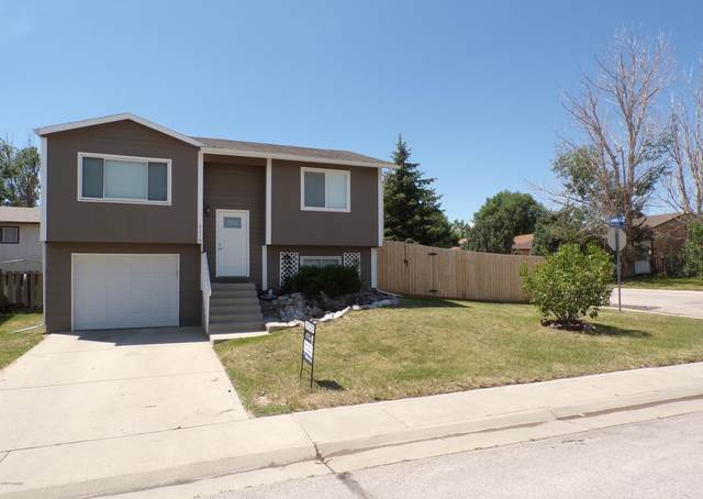 2110 S Emerson Ave -, Gillette, WY 82718 (MLS #20-992) :: Team Properties