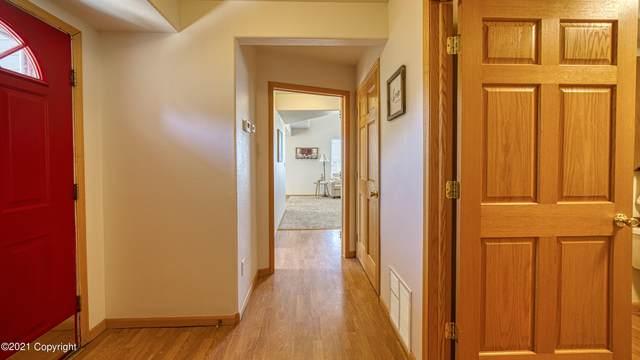 212 Oregon Ave -, Gillette, WY 82718 (MLS #21-1038) :: 411 Properties