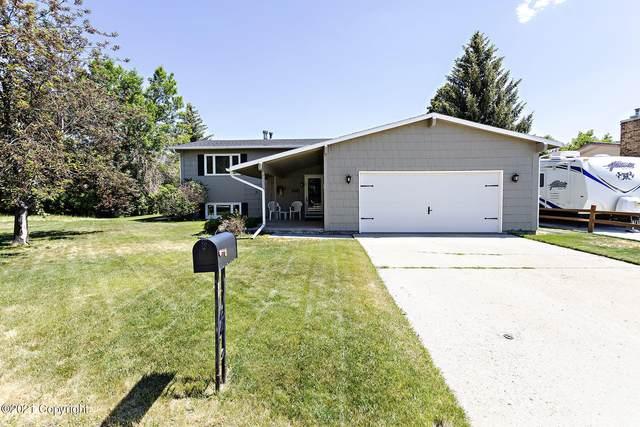 1605 Kathleen Ct -, Gillette, WY 82716 (MLS #21-1042) :: 411 Properties