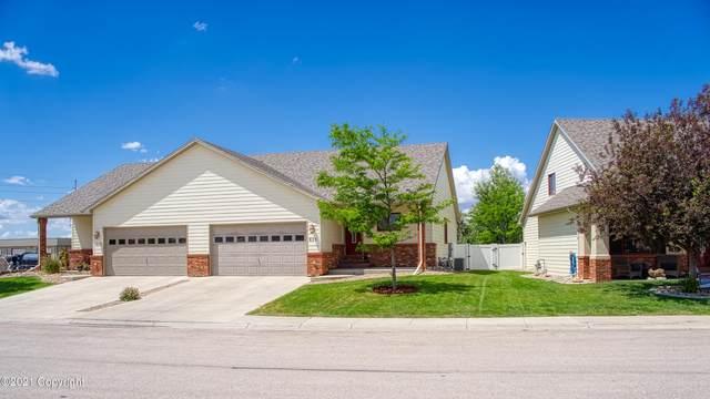 605 Lakeland Hills Dr -, Gillette, WY 82716 (MLS #21-1095) :: Team Properties