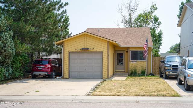 304 E Laurel St -, Gillette, WY 82718 (MLS #21-1253) :: The Wernsmann Team | BHHS Preferred Real Estate Group