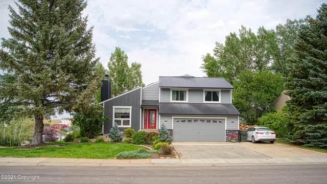 803 Pioneer Ave -, Gillette, WY 82718 (MLS #21-1260) :: Team Properties