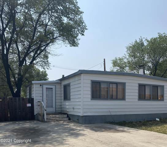822 E 8th St E, Gillette, WY 82716 (MLS #21-1301) :: The Wernsmann Team | BHHS Preferred Real Estate Group