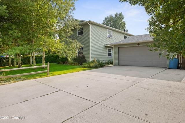 7010 Mather Ave. -, Gillette, WY 82718 (MLS #21-1312) :: 411 Properties